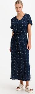 Sukienka Ichi z krótkim rękawem z dekoltem w kształcie litery v maxi