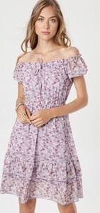 Fioletowa sukienka born2be w stylu casual z krótkim rękawem mini