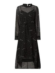 Czarna sukienka Only z dekoltem w kształcie litery v z szyfonu