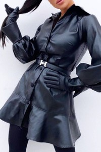 Sukienka IVET z długim rękawem w stylu casual z kołnierzykiem