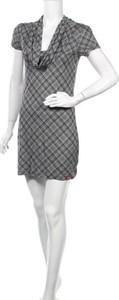 Sukienka Esprit w stylu casual z okrągłym dekoltem mini