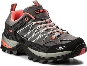 Czarne buty trekkingowe cmp w sportowym stylu sznurowane z płaską podeszwą