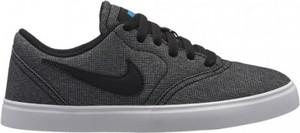 Czarne trampki Nike sznurowane z tkaniny w sportowym stylu