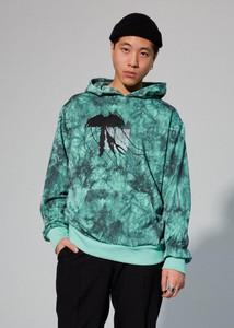 Zielona bluza LOCAL HEROES w młodzieżowym stylu
