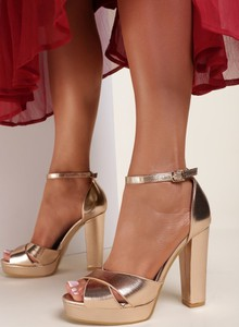 Złote sandały Renee