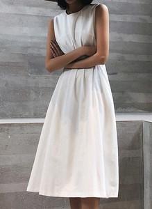 Sukienka Sandbella bez rękawów z dekoltem w kształcie litery v maxi