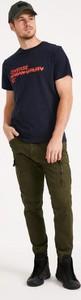 Granatowy t-shirt Diverse w młodzieżowym stylu z krótkim rękawem