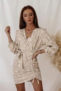 Sukienka Shopaholics Dream z dekoltem w kształcie litery v
