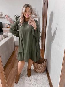Zielona sukienka Produkt Włoski z tkaniny