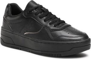 Czarne buty sportowe DeeZee na platformie sznurowane