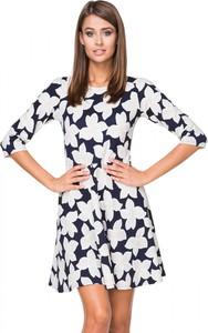 Sukienka Tessita z okrągłym dekoltem mini z długim rękawem