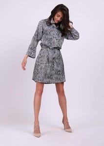 Sukienka Nommo koszulowa z długim rękawem mini