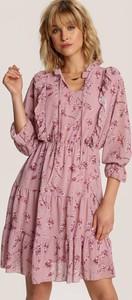 Różowa sukienka Renee z długim rękawem mini
