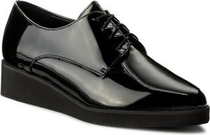 Oxfordy sagan - 3025 czarny lakier
