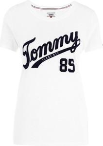 T-shirt Tommy Jeans z okrągłym dekoltem z bawełny