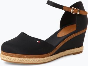 8e127c866f1be Granatowe sandały Tommy Hilfiger z klamrami ze skóry