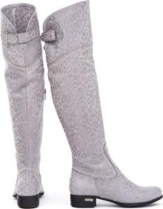 Kozaki Zapato za kolano ze skóry w stylu casual