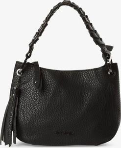 Czarna torebka Suri Frey na ramię średnia matowa