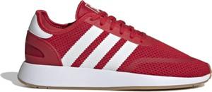 Czerwone buty sportowe Adidas z tkaniny