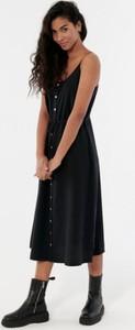 Czarna sukienka Outhorn