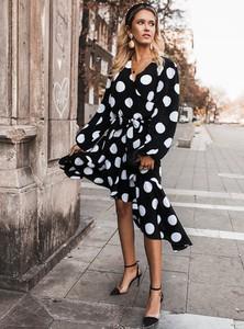 Sukienka SELFIEROOM midi kopertowa z długim rękawem