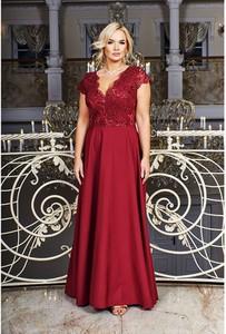Czerwona sukienka Bosca maxi z dekoltem w kształcie litery v
