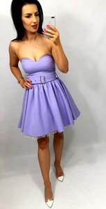 Sukienka livien.eu z tkaniny gorsetowa bez rękawów