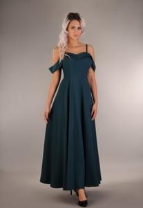 Sukienka Oscar Fashion maxi z dekoltem w kształcie litery v