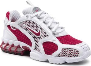 Buty sportowe Nike z płaską podeszwą w sportowym stylu zoom