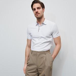 Koszulka polo Reserved z krótkim rękawem z dzianiny