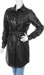 Czarny płaszcz NA-KD