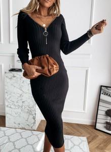 Czarny sweter Sandbella w stylu casual z dzianiny
