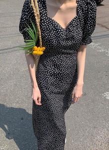 Czarna sukienka Arilook midi