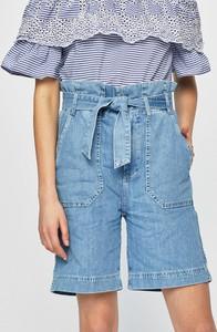 Niebieskie szorty Pepe Jeans w street stylu