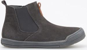 Brązowe buty dziecięce zimowe Reserved ze skóry
