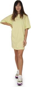 Żółta sukienka American Vintage z okrągłym dekoltem z krótkim rękawem w stylu casual