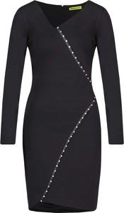 Sukienka Versace Jeans z długim rękawem w stylu casual