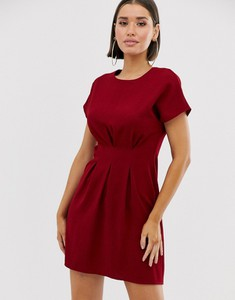 Czerwona sukienka Asos Design z krótkim rękawem