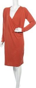 Sukienka Peppercorn w stylu casual ze sztruksu prosta