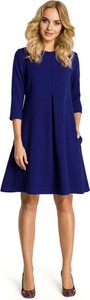 Granatowa sukienka MOE z okrągłym dekoltem mini