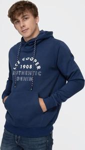 Granatowa bluza Lee Cooper w młodzieżowym stylu