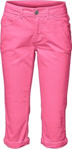 Różowe szorty Heine w stylu klasycznym z bawełny