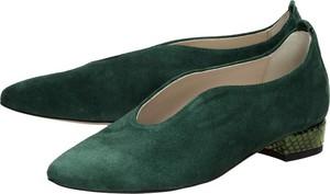 Zielone półbuty Suzana z zamszu