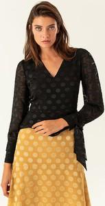 Czarna bluzka Ivy & Oak z dekoltem w kształcie litery v
