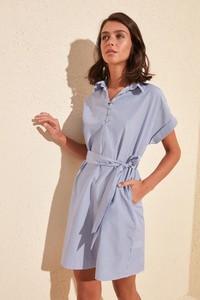 Sukienka Trendyol z krótkim rękawem koszulowa