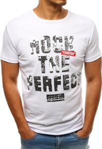 T-shirt Dstreet z nadrukiem w młodzieżowym stylu