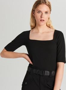 Czarna bluzka Cropp z krótkim rękawem w stylu casual