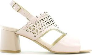 Sandały LAMELIA w stylu casual z klamrami ze skóry