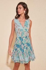 Sukienka Trendyol w stylu casual rozkloszowana