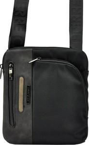 Czarna torebka Pierre Cardin w stylu glamour